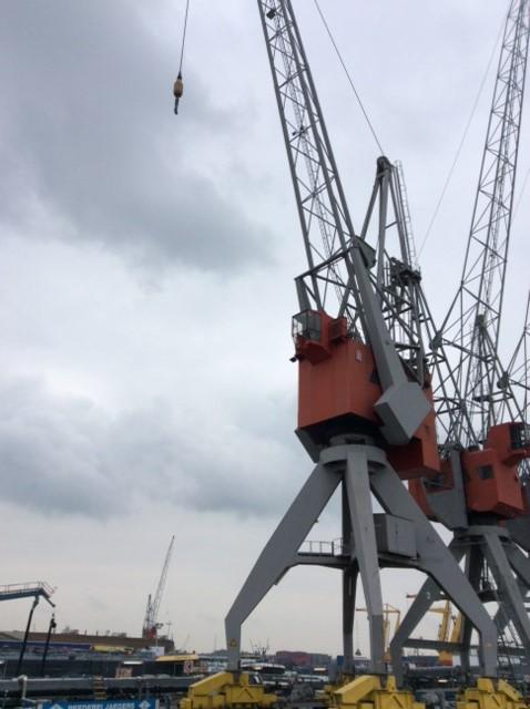 32 tons Figee kraan met draai krans napery