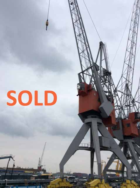 SOLD: 32 tons Figee crane with slewing ring napery